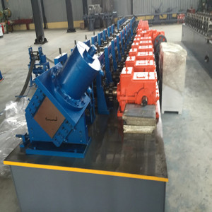 Customized angle keel roll forming machine