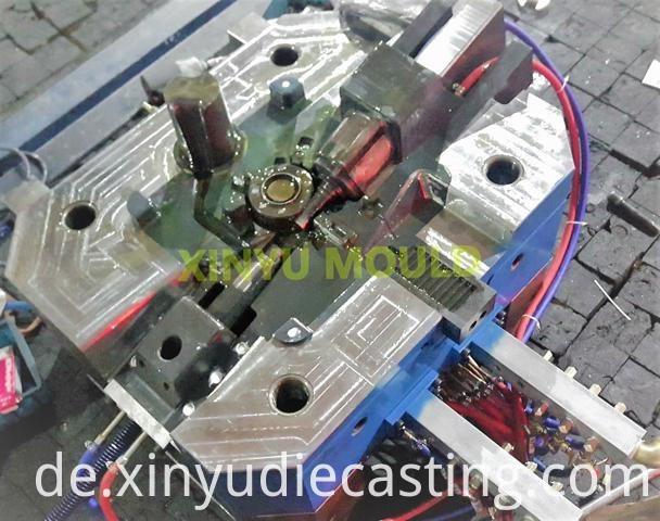 engine turbocharger die