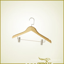 Wooden Clothes Hanger mit Hosenpresse