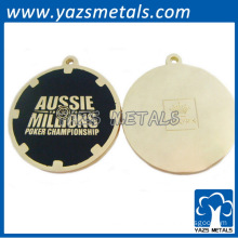 Custom circle shaped keychains with enamel black finshed and plating gold
