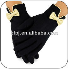 Elegant knitted bowknot handmade cheap sheep black wool glove