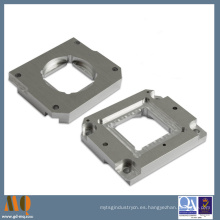 CNC de alta precisión que muele y CNC que trabajan a máquina piezas de aluminio