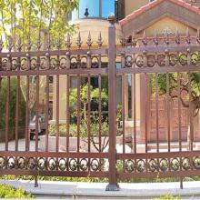 panneau de clôture en aluminium décoratif 12 pieds poteaux de clôture en métal