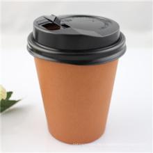 Taza de café desechable de 10 oz con cubierta
