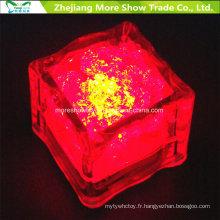 Capteur d'eau en gros clignotant LED Cubes de glace rougeoyant Décor buvable pour événement Party Wedding