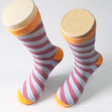 Bunte Streifen Design Mann Baumwolle Crew Sock