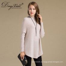 Los modelos hechos a mano al por mayor tejer el alto suéter de las lanas del cuello para las mujeres jovenes