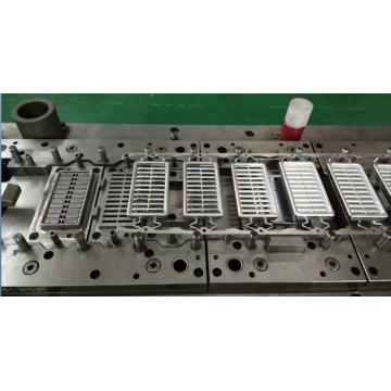 Moule pour appareils ménagers de climatisation automobile
