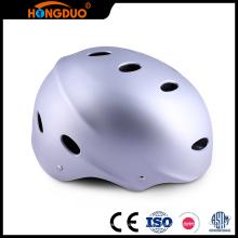 La aduana moderna del diseño embroma el mini casco divertido del patín de los deportes