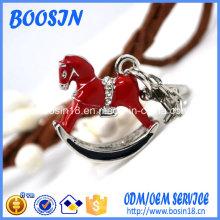 Pendentif cheval en alliage d'émeraude de mode pour collier ou porte-clés