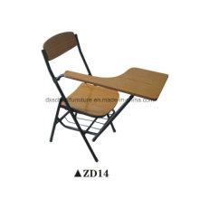 Chaise se pliante de meubles en bois de salle de classe avec le panneau d'écriture