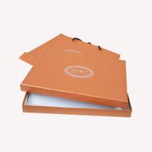 Boîte à papier Kraft avec poignée