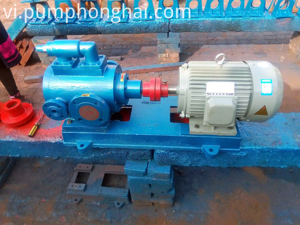 three screw bitumen pump