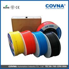 Kunststoffrohr mit unterschiedlicher Farbe