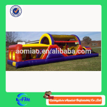 Curso inflável barato do obstáculo que joga fora o campo de obstáculo inflável do campo de bota
