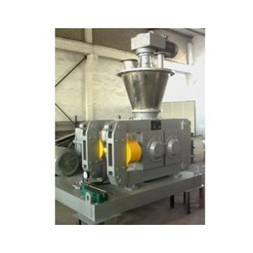 Calcium hydrophosphate compaction granulating machine
