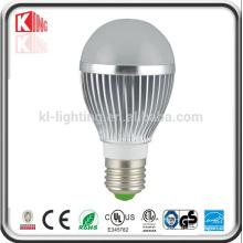 O lúmen alto do lúmen SMB ilumina o bulbo do diodo emissor de luz E27