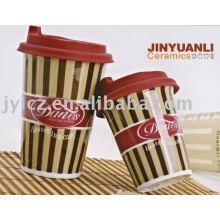 Tazas de café de cerámica de 420 cc con tapa de silicona