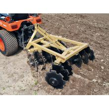 Media Offset Disc Harrow Di Penggarap