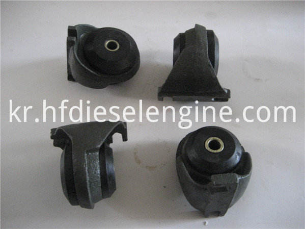 engine mounting 4