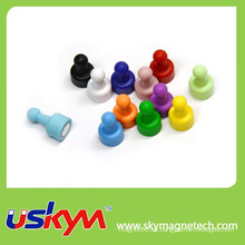 Muchos colores Imanes magnéticos del Pin del empuje de la