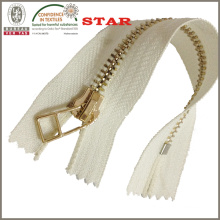 2016 5# Golden Color Metal Zipper for Bags