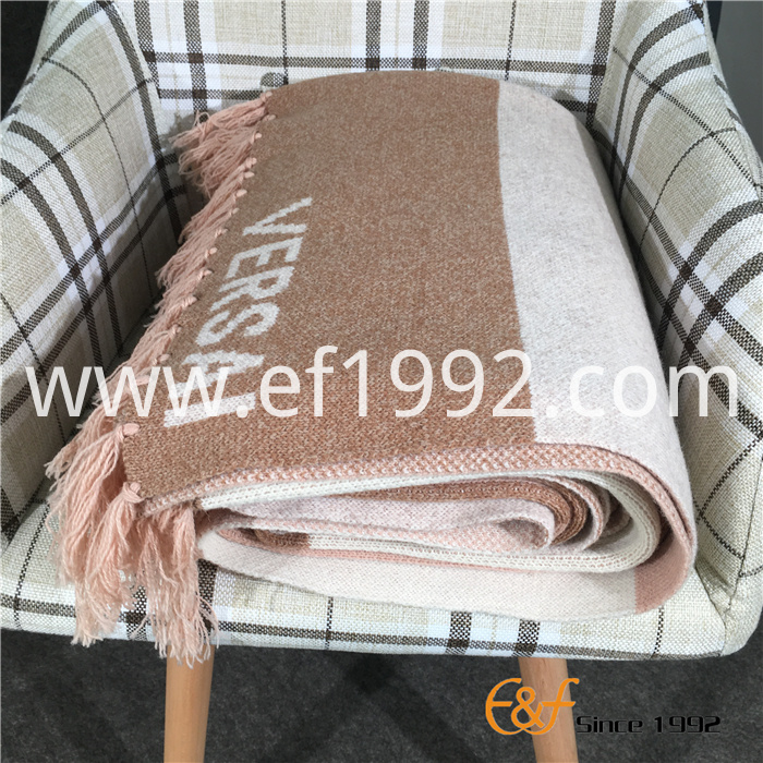 tassels design knitted blanket