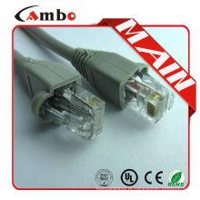 Com o conector Booted rj-45 cat5e utp patch cord