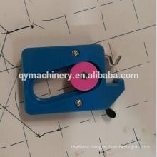 thread breaking sensor for chain stitch looper quilting machine
