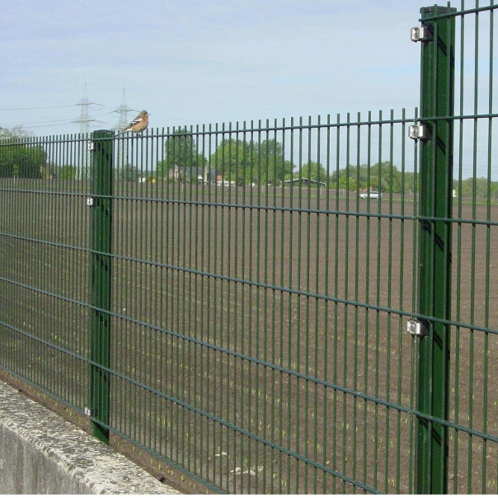 656 Mesh Fence Panel