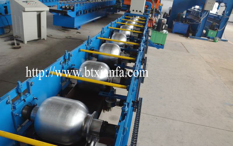 PPGI Hydraulic Color Steel Sheet Round Rain Gutter Machine