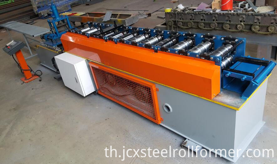 L roll forming machine