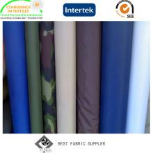 Revestido de PVC 100% poliéster 190t Raincoat tafetá tecido com militares impresso