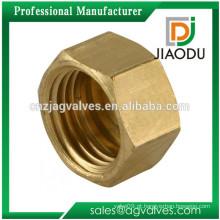 O melhor preço competitivo da venda personalizou 1/2 polegada a cor de bronze amarela forjou a imprensa da porca do metal de bronze cw617n