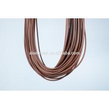 2015 Forme el cordón de goma del diseño para el collar