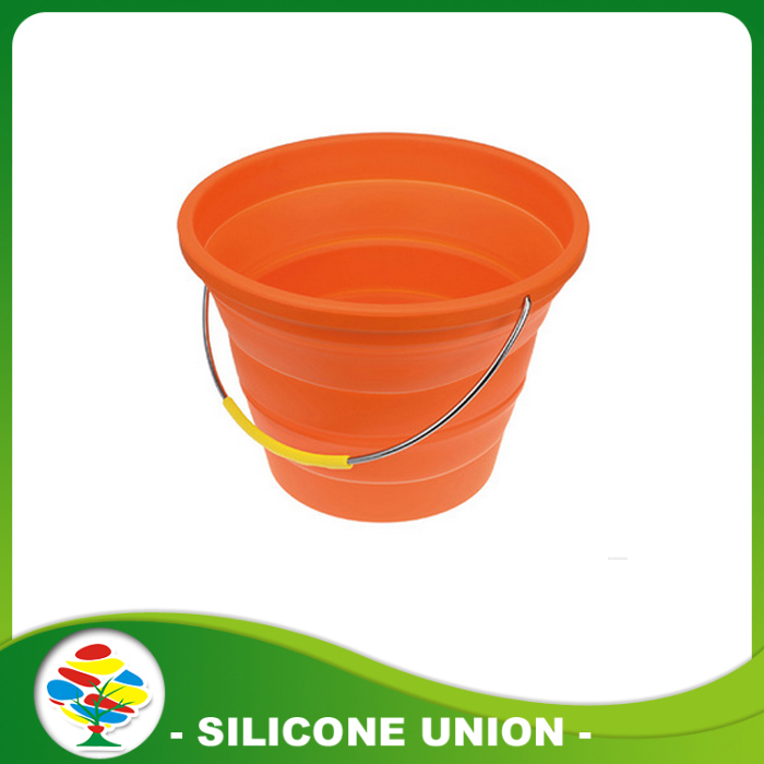 orange silicone folding bucket