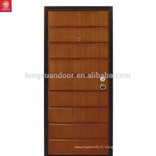 Intérieur Style traditionnel Conception de porte en bois en noyer personnalisé