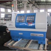 Torno CNC de precisão Ck6132 / 1000 com Ce