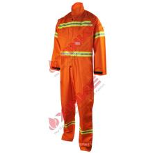 Les combinaisons techniques imperméables d'hiver de travail d'EN 13034 orange les paramètres techniques 1.Fabric des combinaisons imperméables d'hiver de travail imperméable