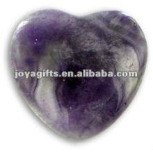 Аметистовый камень в форме пушистого сердца 35 мм