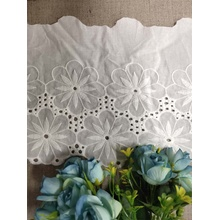 off White Cotton Stretch Fabric Lace Trims