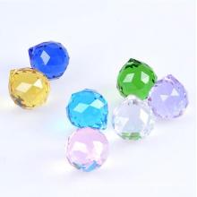 Bola de cristal tallada calidad superior de la decoración de 60m m