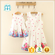 China Großhandel Kleidung Hersteller Frauen Kleid Baby Mädchen Kinder plizierten Kleider mit kleinen Blumen