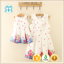 China wholesale clothing manufacturers women dress baby girls children plicated dresses with small flowers