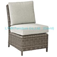 Плетеный боковой стул с водонепроницаемым подушечком среднего дивана