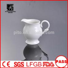 Manufacturer porcelain /ceramic banquet milk jug creamer