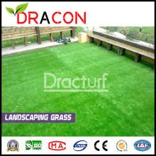 Cour arrière mettant le gazon d'imitation d'herbe verte (L-1202)