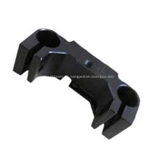 Pieza mecanizada CNC POM negra