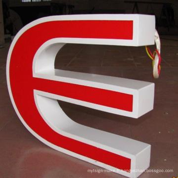 Panneau LED extérieur lettres faciales
