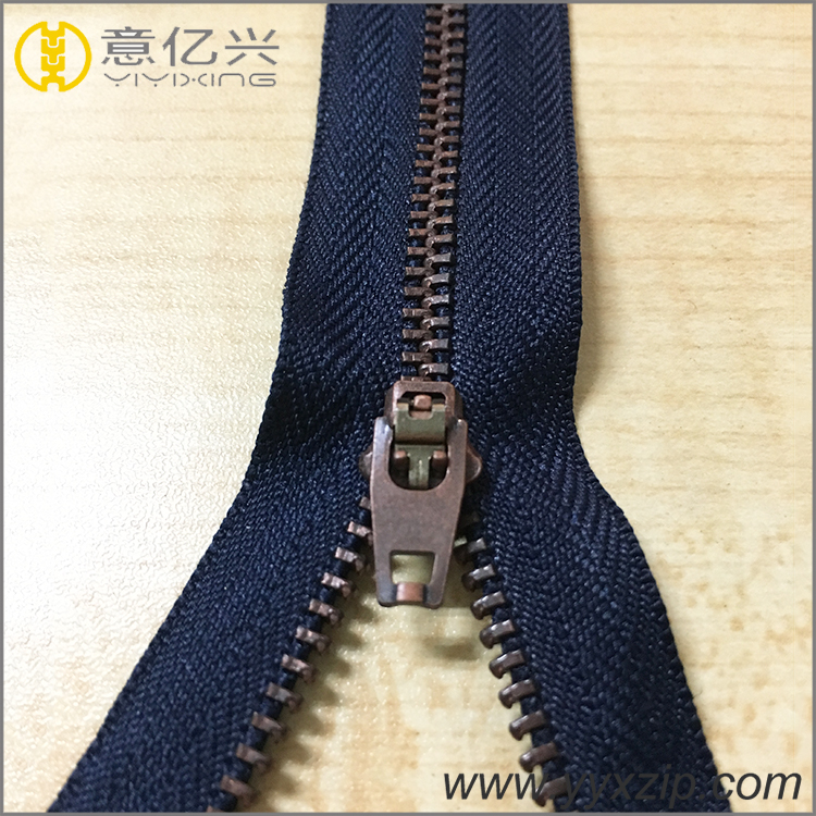 4.5 YG Metal Brass Zipper